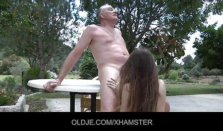 عوضی روسی صحنه های سکسی خنده دار تمام بدهی ها را با یک ماندا انجام می دهد