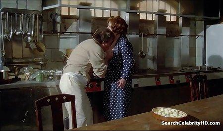پرستار در حالی که همسرش صحنه هاي سكسي فرار از زندان دور است ، بیمار را در گورنی می کند