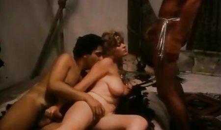عمه روسی اوکسانا خودش اسپارتاکوس صحنه های سکسی را راضی می کند