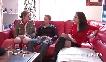 مربی تناسب اندام یک مشتری صحنه های سکسی فیلم های سینمایی را در سالن بدنسازی انداخت