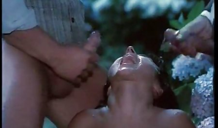 وزیر منصرف شد و خودش دانلود صحنه های سکسی فیلم اسپارتاکوس را نوازش کرد