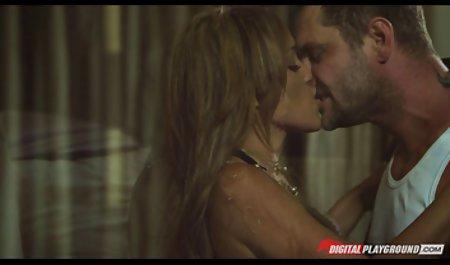 دیزی داغ صحنه های سکسی فیلم دستی