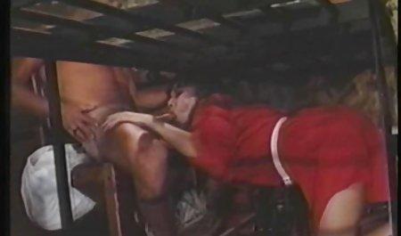 دختر صحنه های سکسی نیکول کیدمن با موهای قرمز طاس تراشیده شد