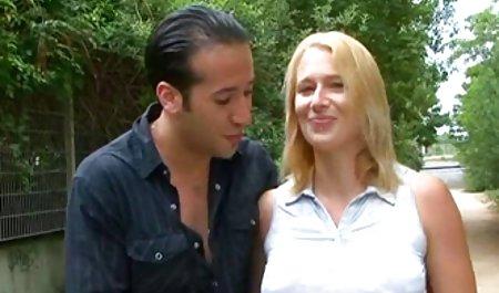 مرد با عینک از سرخ کردن دختر تیفانی لذت می صحنه های سکسی در فیلم فرار از زندان برد