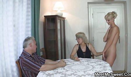 دو دهان لزبین با یک صحنه های سکسی هالیوود عضو هیجان زده یک دوست کار می کنند