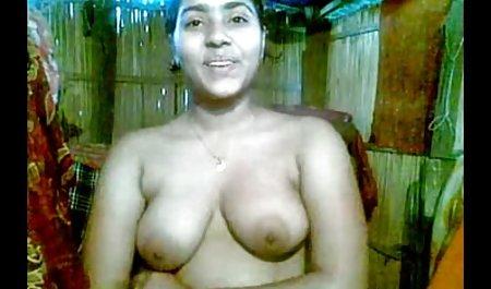 دختر چاق ، صحنه های سکسی سریال جومونگ فالوس را مکید و او را استمنا کرد