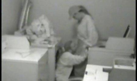 کوتی با یک عضو زیبا از یک شریک زندگی دهان کار کرد صحنه های سکسی در فیلم فرار از زندان