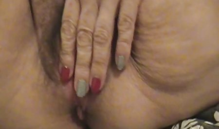 بلوند گرجستانی کلاه تراشیده دانلود صحنه های سکسی فیلم اسپارتاکوس را نشان می دهد